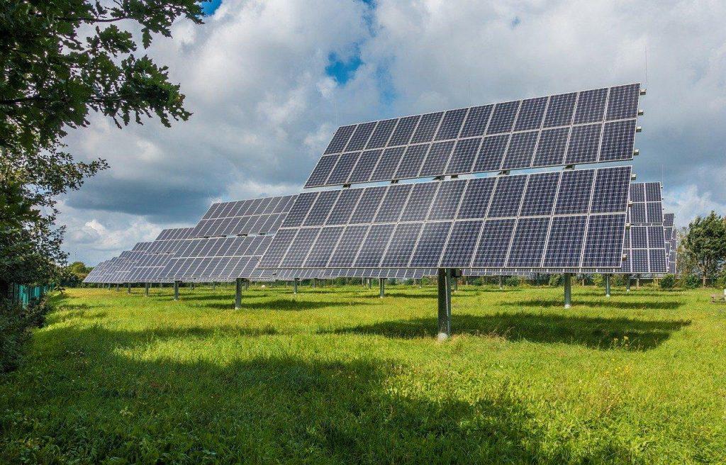 Qu'est-ce qu'un kit solaire autonome ? Le début de l'autoconsommation