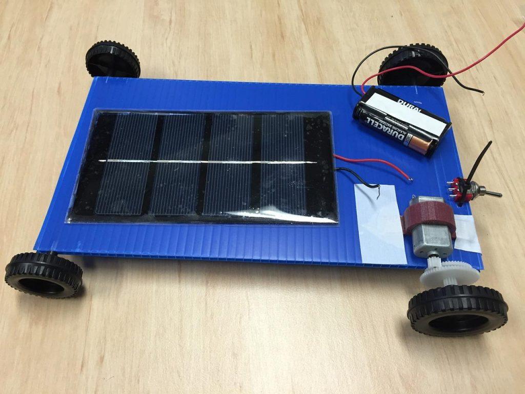 Kit solaire pour chalet isolé : Comment le choisir ?